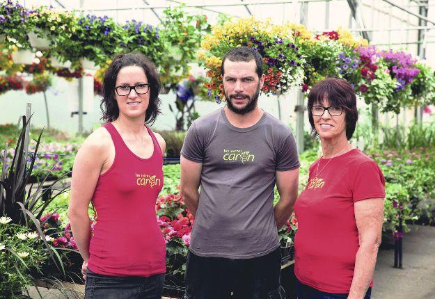 Les propriétaires : Isabelle, Jean-François et Denise Caron.