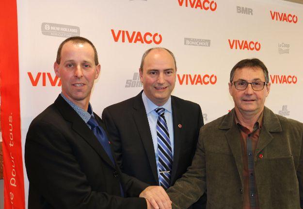 André Normand, président, Gervais Laroche, directeur général, ainsi que Renaud Bergeron, vice-président du groupe coopératif VIVACO.