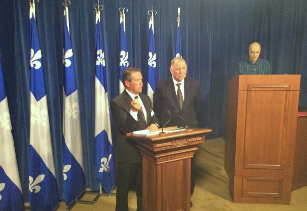 L'observateur Florent Gagné a rendu son rapport public jeudi midi, en présence du ministre Pierre Paradis. Crédit photo : Thierry Larivière