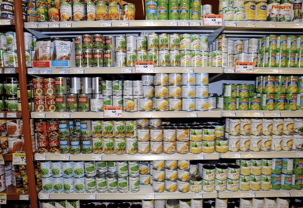 Les stocks de conserves de maïs de 2015 ne sont pas encore écoulés chez Bonduelle. Crédit photo : Archives/TCN