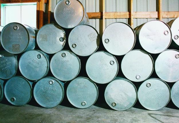 L'acéricultrice Angèle Grenier, qui a vendu du sirop au Nouveau-Brunswick dans le passé, souhaite vendre elle-même ses barils de sirop d'érable à l'extérieur de la province. Crédit photo : Archives/TCN