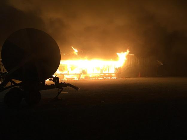 L'incendie qui a détruit, le 20 septembre dernier, les installations des Productions maraîchères Mailhot à Saint-Alexis-de-Montcalm, dans Lanaudière. Crédit photos : Gracieuseté des Productions maraîchères Mailhot