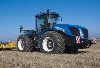 Les tracteurs articulés de New Holland, qui appartiennent à la série T9, ont une puissance allant de 435 à 692 ch.