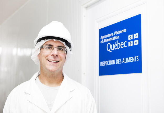 Marc-André Forget, propriétaire de l'entreprise Porc du Rang 4. Crédit photo : Marie-Michèle Trudeau