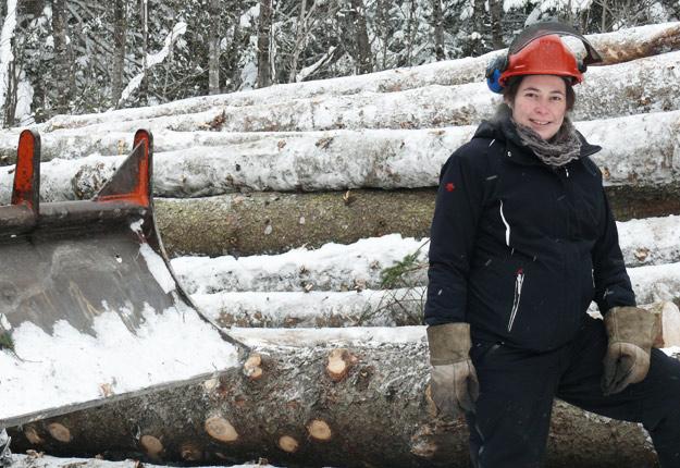 À 21 ans, à la fin de ses études en gestion agricole, Mirianne Rainville rêvait d'abord de s'acheter un lot forestier, « pas une maison ». Crédit photo: Michel Roy