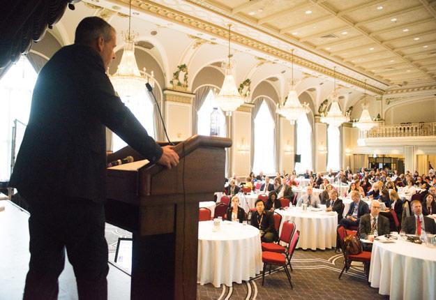 Des représentants du Royaume-Uni étaient de passage à Québec pour expliquer le fonctionnement de leur service d'inspection couplé à une escouade policière et à un corps judiciaire spécifiquement destinés à combattre la fraude alimentaire. Crédit photo : Martin Ménard/TCN