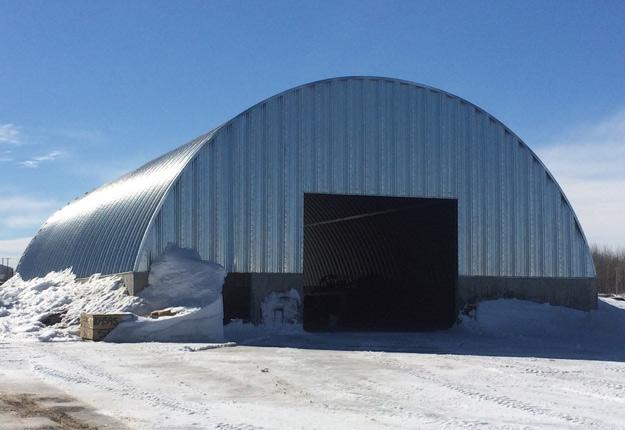Le Centre de distribution entrera en opération d'ici fin mai, au plus tard.