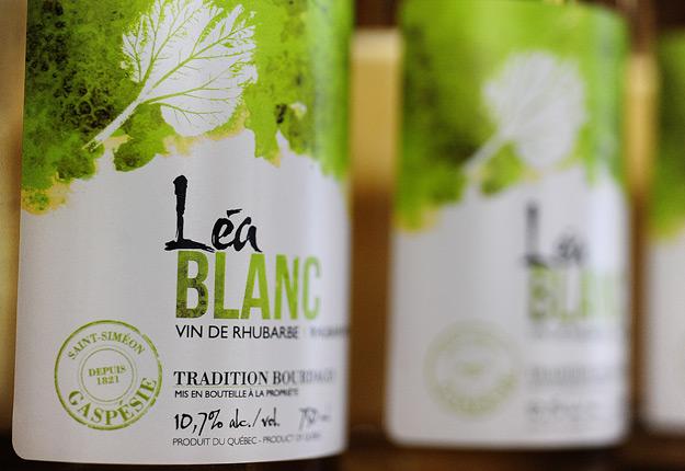 Le vin de rhubarbe Léa. Crédit photo: Nathalie Lauzon