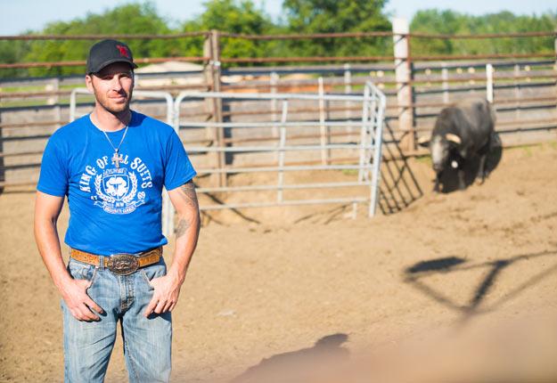 Le bullfighter Dominic Roy mentionne qu'affronter un taureau pendant 30 secondes demande « autant d'énergie que travailler 40 heures ». Crédit photo : Martin Ménard/TCN