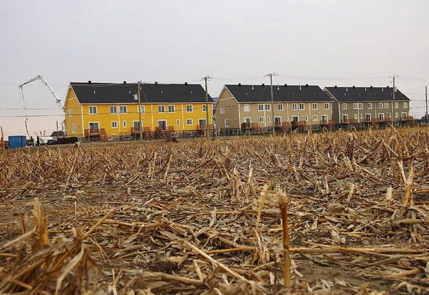 La terre de chez nous toute l information agricole for Construction piscine zone agricole