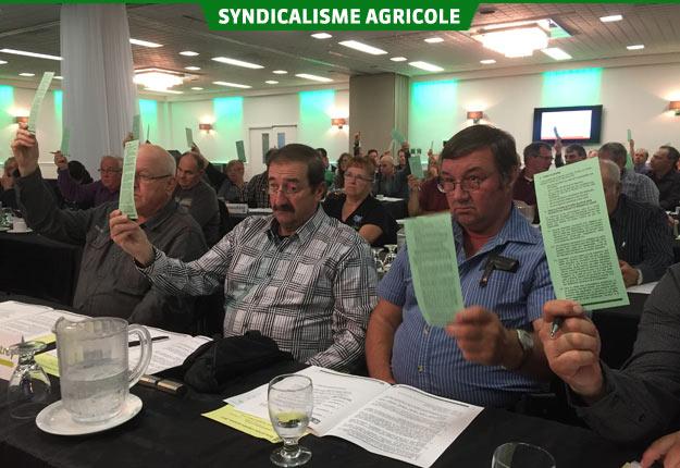 Les délégués ont demandé de négocier une nouvelle façon de financer les travaux sur les cours d'eau. Crédit photo : Thierry Larivière/TCN