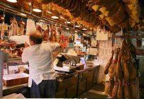 Reconnue pour ses traditionnels jambons ibériques, l'Espagne a doublé sa production depuis 10ans en misant sur l'intégration et les marchés d'exportation. Crédit photo : Nathan Gibbs