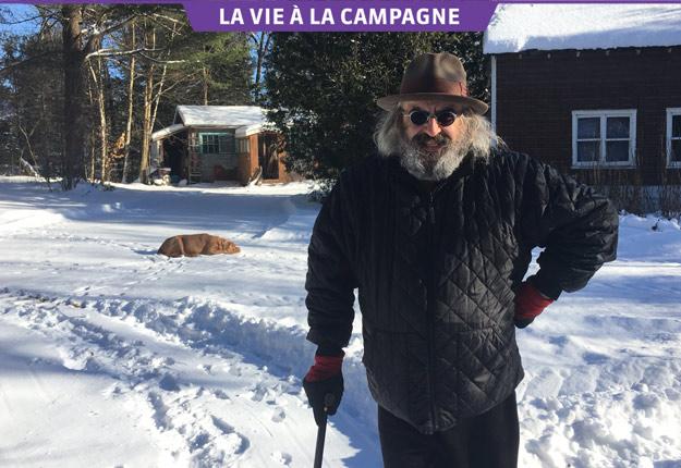 Très jeune, Yves Lambert a choisi le village de Saint-Mélanie, où il réside encore. Crédit photo : Geneviève Quessy