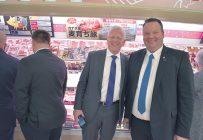 Le directeur général des Éleveurs de porcs du Québec, Jean Larose, et le président, David Duval, ont fait partie de la délégation du Conseil canadien du porc en mission au Japon. Crédit photo: KassieBorreson
