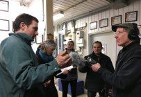 Des producteurs de lait américains ont rendu visite à leurs confrères du Québec afin de discuter de gestion de l'offre. Crédit photo: Julie Mercier/TCN