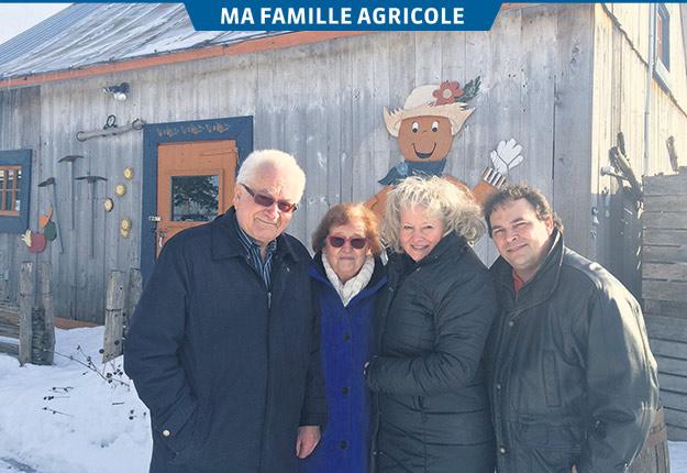 André et Ghislaine Coutu ont transmis la ferme familiale à leur fille Pascale et son mari Pierre Tremblay. Crédit photo : Geneviève Quessy