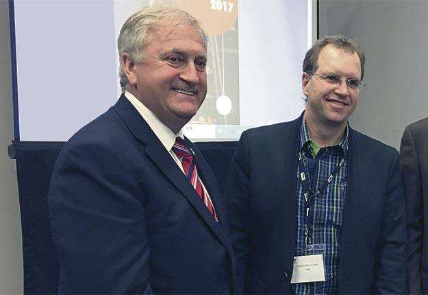À l'AGA, le député libéral Jean-Claude Poissant s'est montré réceptif à l'idée d'un retour des crédits d'impôt liés à la recherche et développement dans le secteur des pommes de terre. Gracieuseté des PPTQ