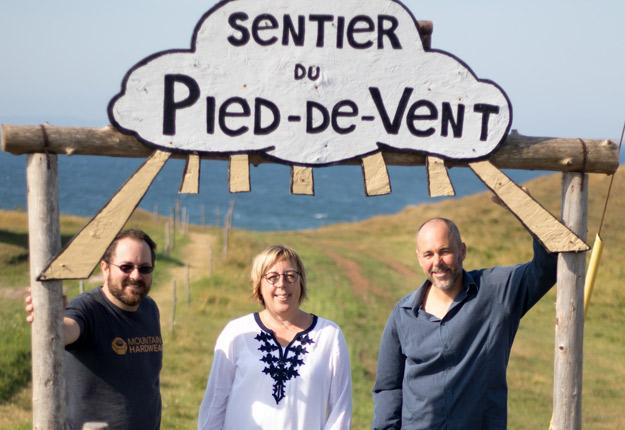 Jean-Philip Arseneau, Renée Landry et Dominique Arseneau constituent la relève de la Fromagerie du Pied-De-Vent. Crédit photo : Gracieuseté de Fromages du Québec