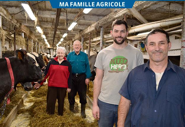 Trois générations de Deschênes œuvrent à la Ferme Rustik: les grands-parents, Réjeanne et Florian, le fils Joey et le père Alain. Crédit photo : Pierre Saint-Yves