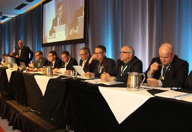 Les administrateurs des Producteurs de lait du Québec répondront aux questions des producteurs qui se déplaceront à Longueuil le 23 mai. Crédit photo : Archives/TCN