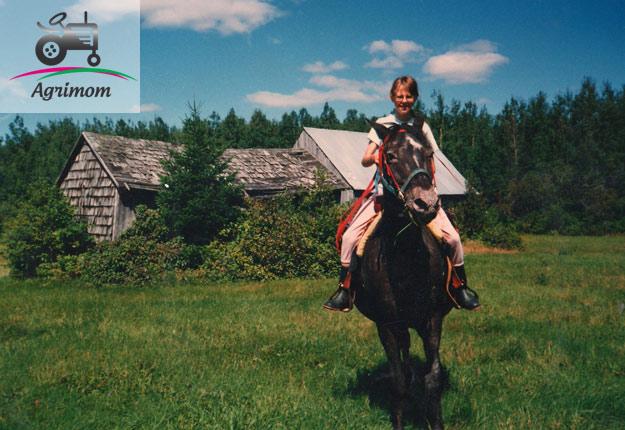 Non, je n'ai pas grandi dans une ferme familiale. Je suis tombée dans le monde agricole à 12 ans.