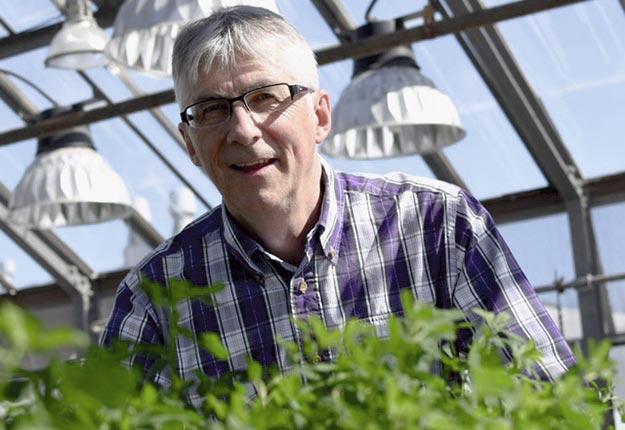Gilles Bélanger, chercheur en écophysiologie et agronomie à Agriculture et Agroalimentaire Canada. Crédit photo : André Piette