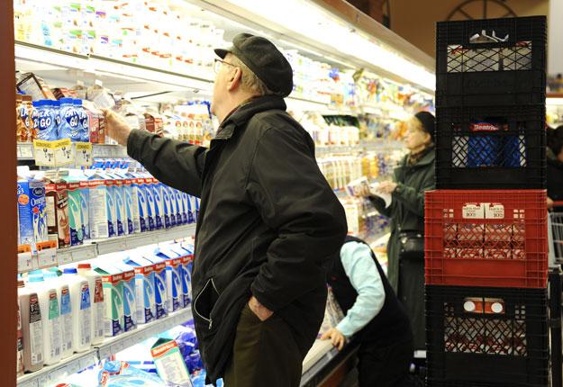Le prix au détail du lait de consommation augmentera d'un peu plus de 2 % à compter du 1er septembre prochain. Crédit photo : Archives TCN