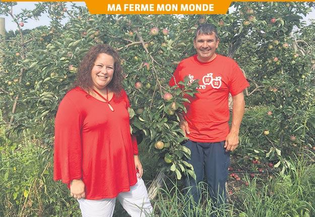 Mélanie-Éliane Marcoux et Gaétan Gilbert croient qu'une équipe efficace est une équipe tissée serrée. Crédit photo : Maxence Dauphinais-Pelletier