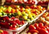 Selon une étude, en augmentant leur consommation de fruits et légumes d'une portion par jour, les Québécois pourraient réduire de 450 M$ leurs dépenses en soins de santé au cours des 20 prochaines années. Crédit photo : Martin Ménard/Archives TCN