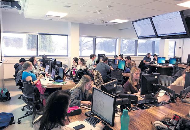 Les nouvelles étudiantes du programme Farm Management and Technology de l'Université McGill représentent 46% des inscriptions. Crédit photo : Gracieuseté de l'Université McGill