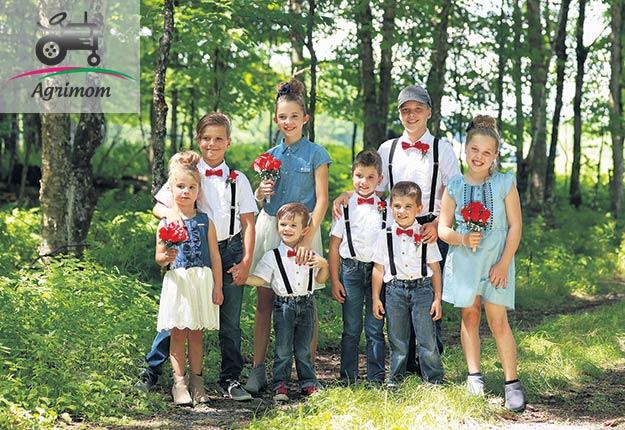 Nos enfants appartiennent à une fratrie unique composée de 8enfants, de 3 à 11ans, dans le fond du rang4. Crédit photo : Agrimom
