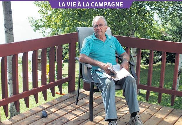 L'ancien ministre de l'agriculture François Gendron possède un chalet au bord du lac Duparquet, en Abitibi, depuis 1968. Photos: Gracieuseté de François Gendron