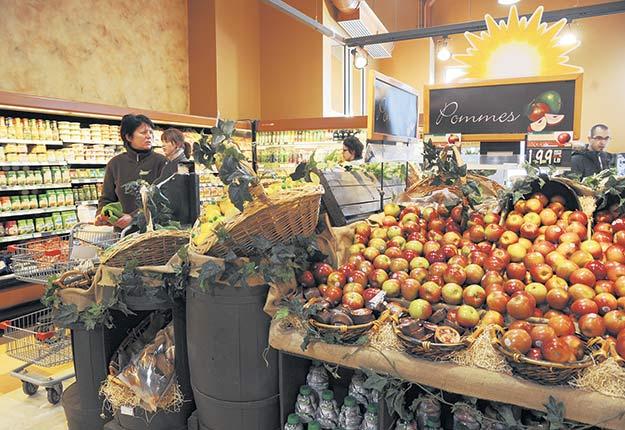 Près de 50% des Canadiens affirment ne pas avoir l'intention de faire l'achat d'aliments en ligne. Crédit photo : Archives/TCN