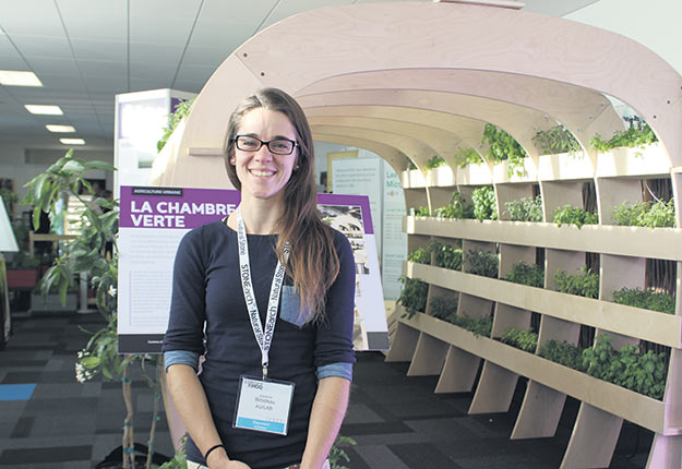 Selon Josianne Bilodeau, du Laboratoire sur l'agriculture urbaine, les cultures de la ville et celles de la campagne sont complémentaires. Crédit photo : Ariane Desrochers/TCN