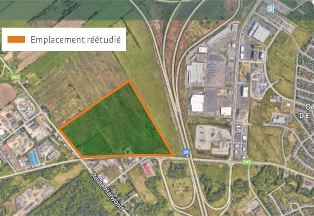 Québec remet en question l'emplacement en zone verte du futur hôpital de Vaudreuil-Soulanges en raison de la non-conformité du projet au Plan métropolitain d'aménagement et de développement.