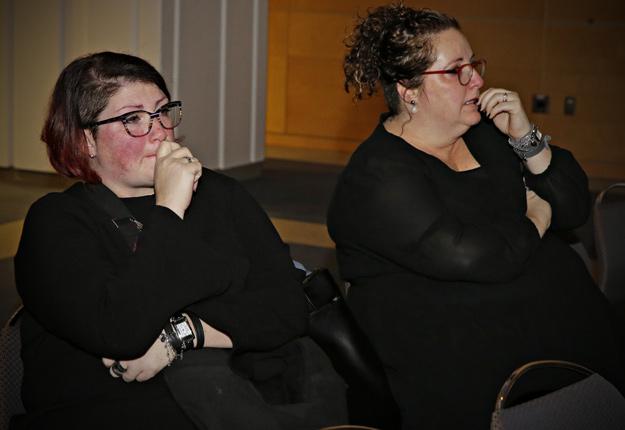 Isabelle et Christine Gaudet. Crédit photo : Pascal Ratthé