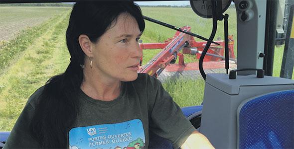 Grande passionnée du travail à la ferme, Édith Lafond est propriétaire de la Ferme Témistar depuis bientôt 21 ans. Crédit photo : Gracieuseté d'Édith Lafond