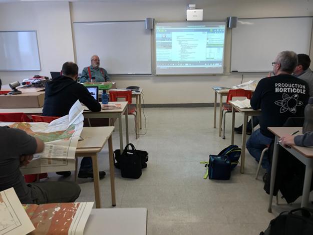 Au Centre-du-Québec, le nombre de cours d'espagnol offerts aux producteurs a explosé depuis les six derniers mois. Crédit photo : Guylaine Martin