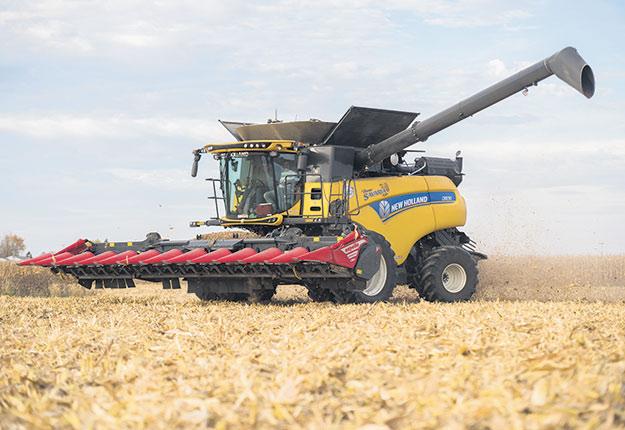 Lors de la récolte, certains producteurs ont le réflexe de vendre leur soya et leur blé pour entreposer leur maïs. « Est-ce toujours une bonne idée?» s'interroge Jean-Philippe Boucher. Crédit photo : Martin Ménard/Archives TCN