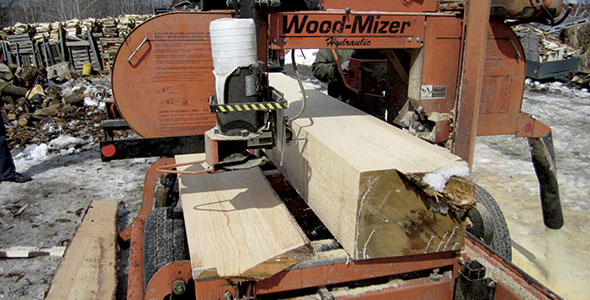 Les moulins à scie portatifs conserveront une excellente valeur de revente sur le marché à la condition d'avoir été bien entretenus. Gracieuseté de Denis Laprise