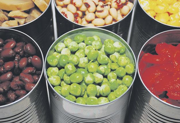 La plupart des produits alimentaires consommés sont transformés par la cuisson, le séchage, la congélation ou la mise en conserve. Crédit photo : Julie Clopper – Dreamstime.com