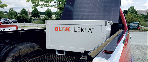 La génératrice transportable Blok, rechargée par le soleil.
