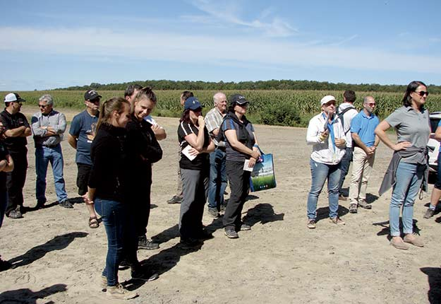 Des participants à la conférence sur HarvestLab. Crédit photo : Bernard Gauthier