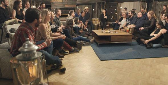 La belle grande famille de L'amour est dans le pré était réunie au Manoir du lac William pour clore cette septième saison.
