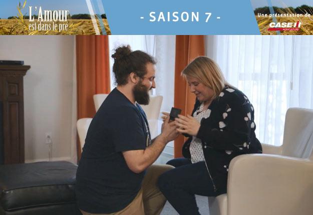 Gabriel, candidat de la saison 5, a profité des retrouvailles pour demander sa douce Clara en mariage.