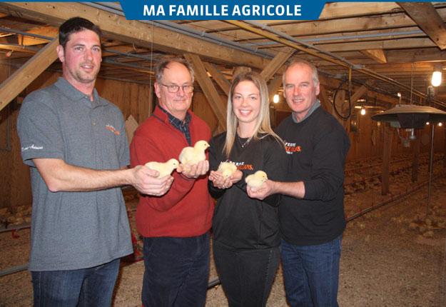 La Ferme avicole Orléans, de Sainte-Famille, élève 130 000 poulets dans ses six bâtiments, le septième étant dédié à la production de dindes.