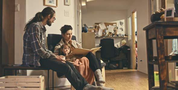 La priorité le matin, pour Vincent Marcoux et sa copine, c'est de passer un moment en famille.