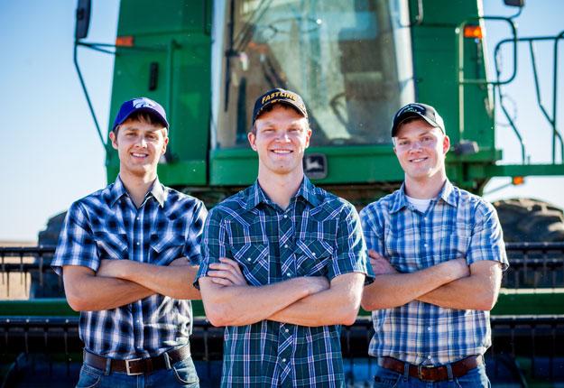 Les vidéoclips de parodies de Peterson Farm Bros ont été vues plus de 50 millions de fois sur YouTube. Photo : Gracieuseté