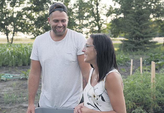 En mars dernier, Will et Jen Bergmann ont été nommés Jeunes agriculteurs d'élite du Manitoba. Photo : Sollio Agriculture