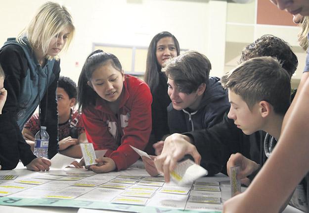 Des étudiants pourront découvrir des formations en lien avec l'agriculture lors de l'événement engAge qui se tiendra à Montréal le 19 novembre. Photo : Agriculture in the classroom Canada